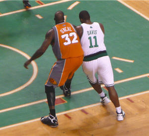Shaquille and Davis Battle it Out